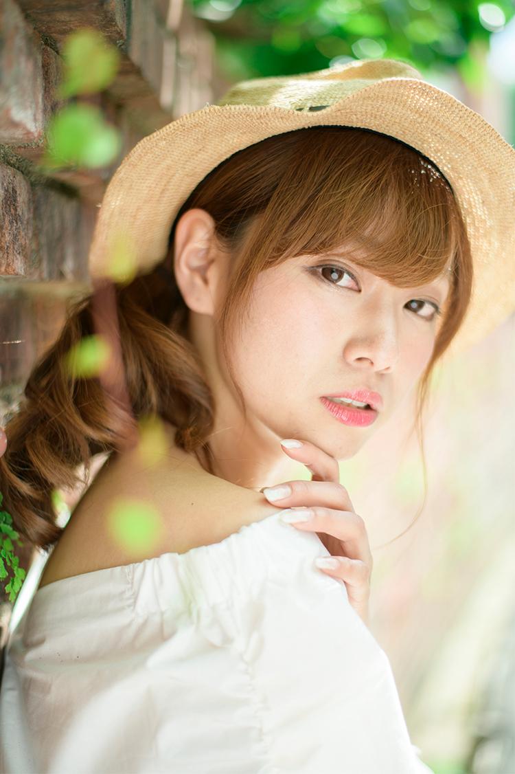 藤澤友千菜 (YUCHINA FUJISAWA)